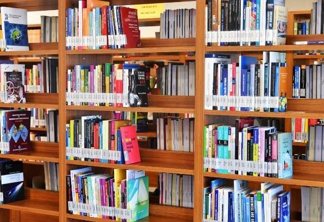 100.000'den Fazla Basılı ve Elektronik Kaynak Ticaret Bakanlığı Kütüphanesinde